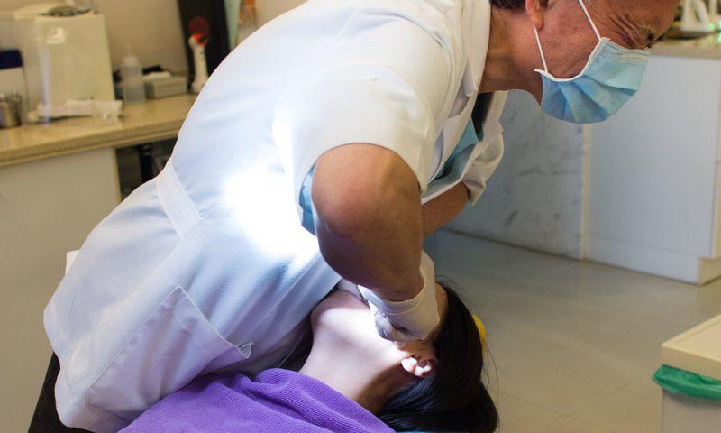 顎関節症に整骨院