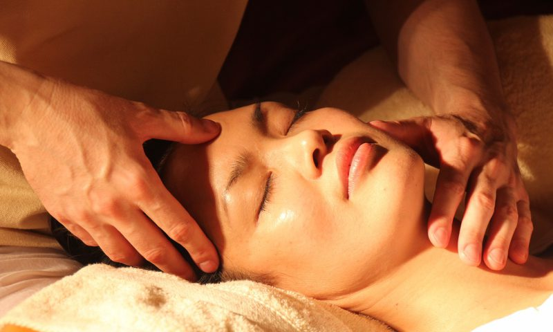 顎関節症にマッサージ